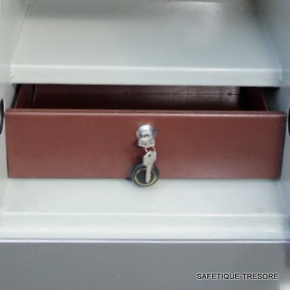 Schublade, Tresor-Innenraum